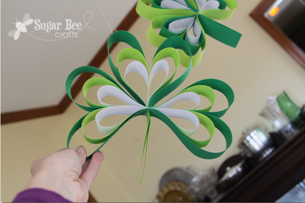 hang diy shamrocks 2014