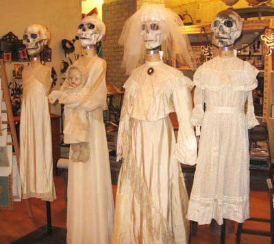 bootiful halloween skull brides 02 2014