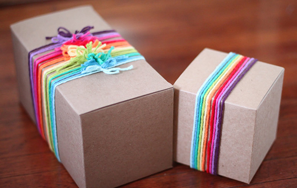 diy gift wrap add simple ribbons 011