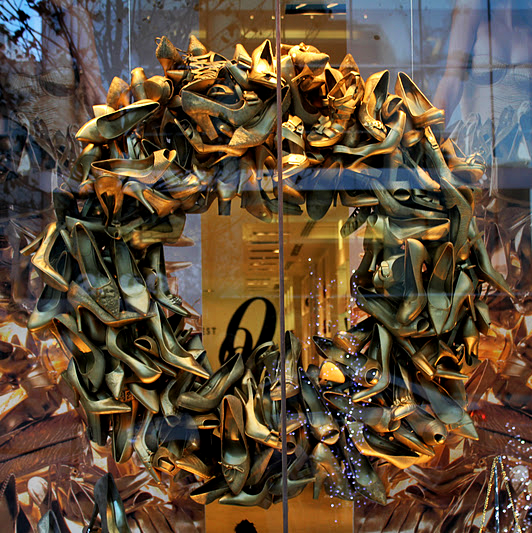indie holiday displays wreaths merchandise wreath 2014